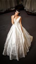 akay-bridal-2016-fashionbride-website-dresses-26