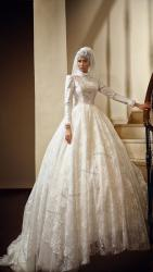 akay-bridal-2016-fashionbride-website-dresses-29