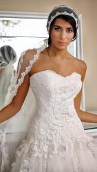akay-bridal-2016-fashionbride-website-dresses-35