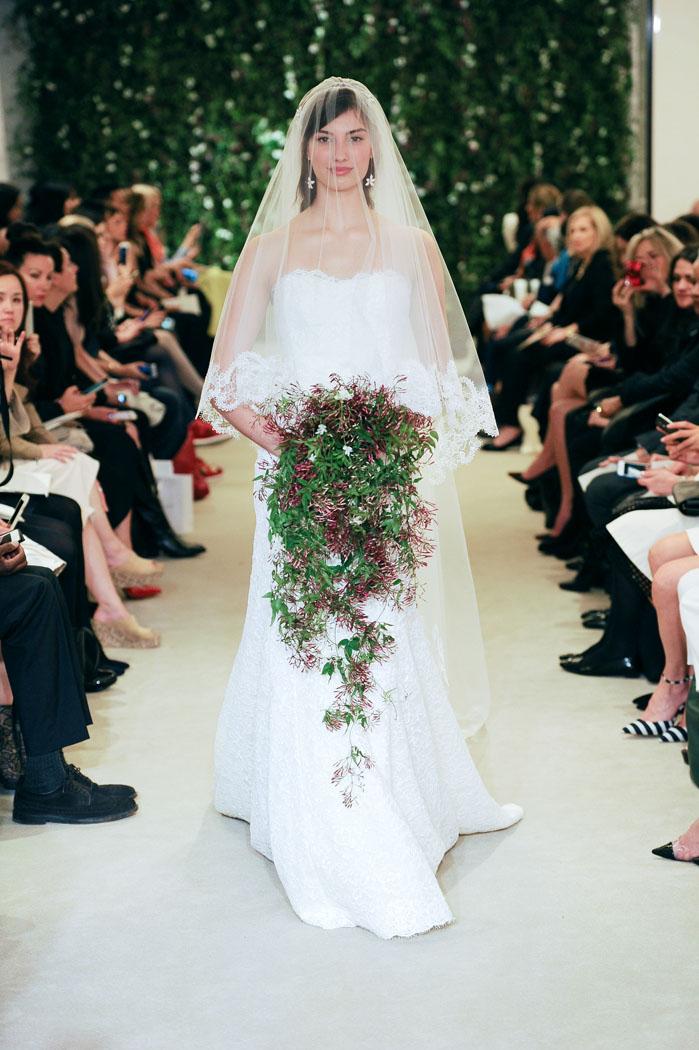 carolina-herrera-bridal-2016-fashionbride-website-dresses-15