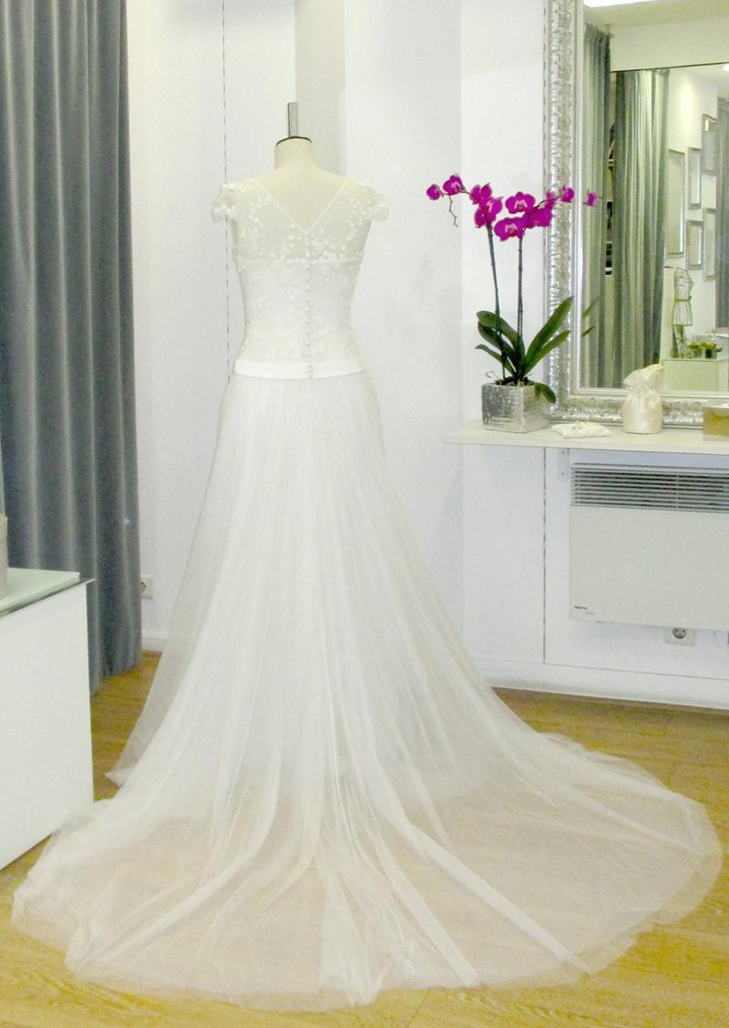 docquin-2016-fashionbride-website-dresses-24