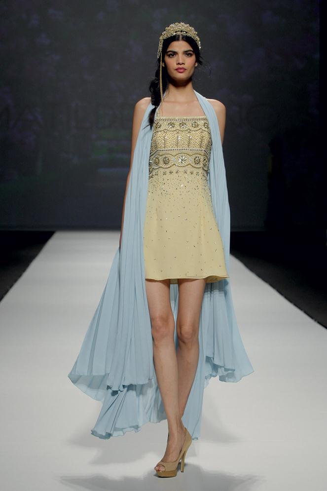 matilde-cano-bridal-gowns-spring-2016-fashionbride-website-dresses-42