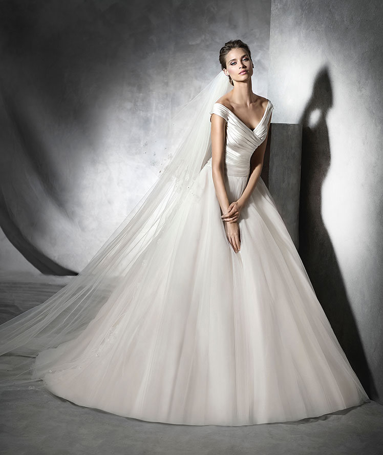 pronovias-bridal-gowns-spring-2016-fashionbride-website-dresses-103 ...