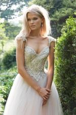 alvina-valenta-bridal-gowns-spring-2016-fashionbride-website-dresses30