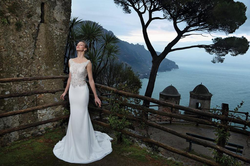 July 2015 the fashionbrides for Michael medina wedding dress