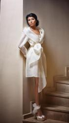 akai-bridal-gowns-spring-2016-fashionbride-website-dresses03