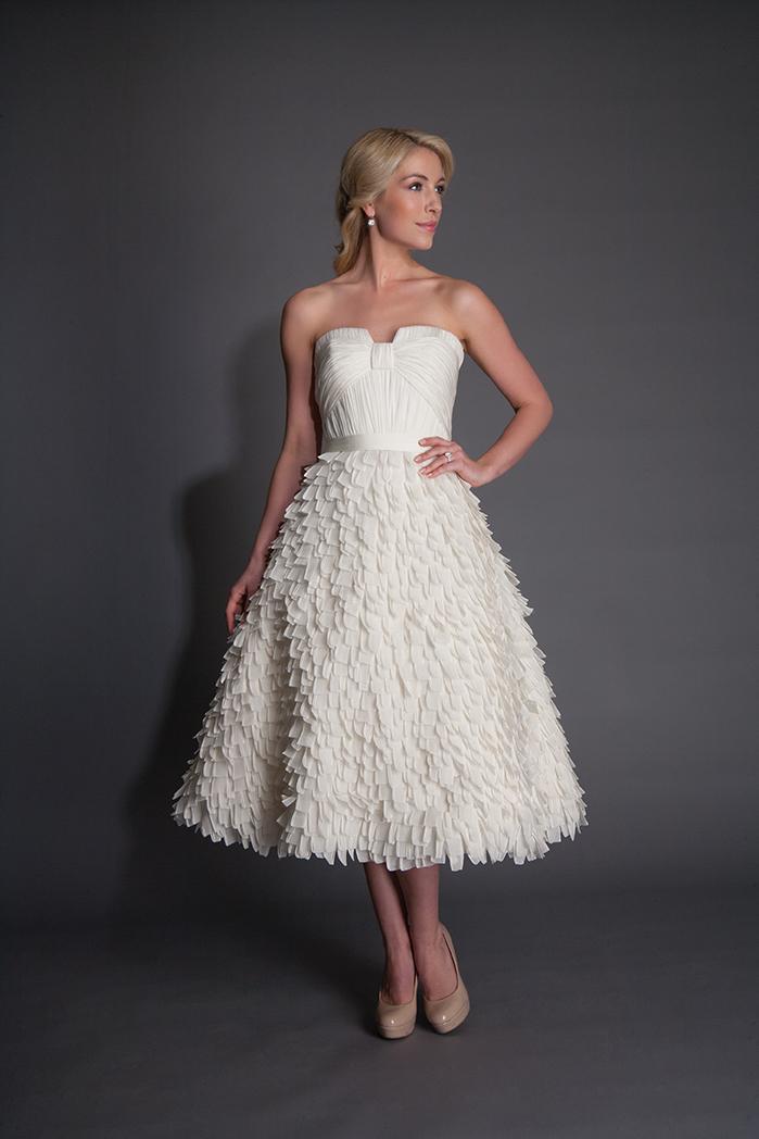 modern-trousseau-bridal-gowns-spring-2016-fashionbride-website-dresses11