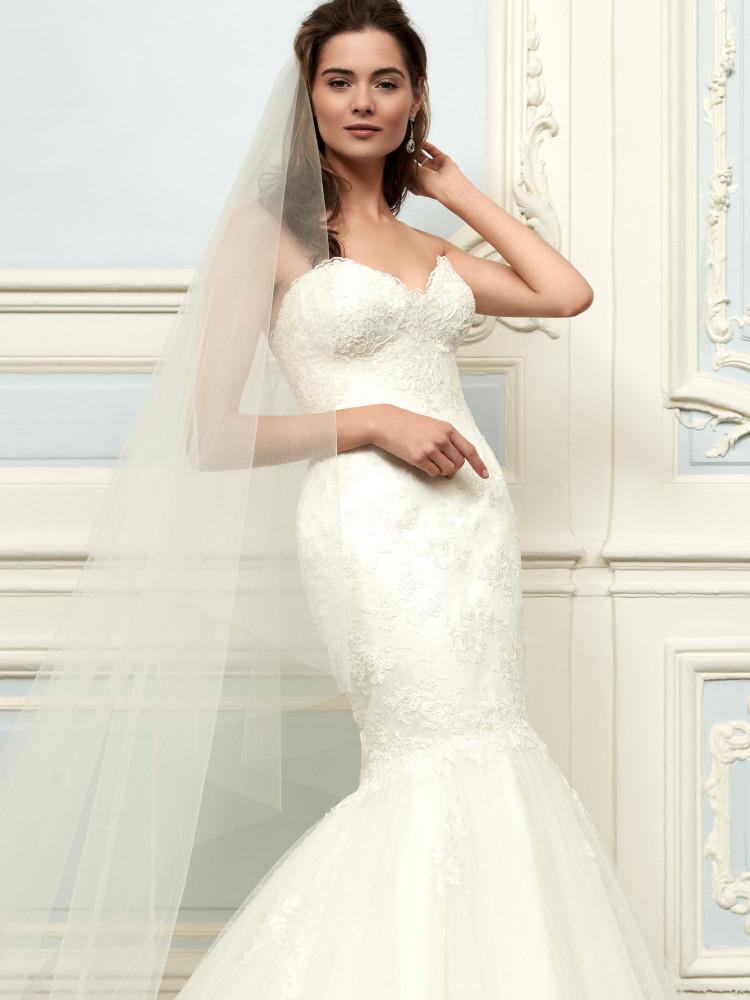 sassi-halford-bridal-gowns-spring-2016-fashionbride-website-dresses56