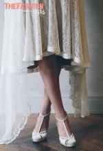 emannuelle-junqueira-2016-bridal-collection-wedding-gowns-thefashionbrides16