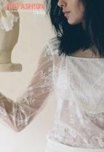 emannuelle-junqueira-2016-bridal-collection-wedding-gowns-thefashionbrides27