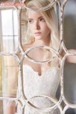 alvina-valenta-2016-bridal-collection-wedding-gowns-thefashionbrides31