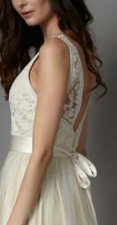 catherine-deane-2016-bridal-collection-wedding-gowns-thefashionbrides74