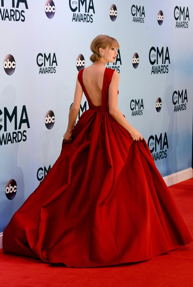 taylor-swift-red-carpet-style-trend (11)