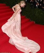 taylor-swift-red-carpet-style-trend (5)