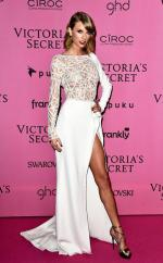 taylor-swift-red-carpet-style-trend (8)