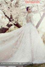 ysa-makino-2016-bridal-collection-wedding-gowns-thefashionbrides40