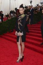 Bella-Hadid-fashion-style (5)