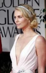 Charlize+Theron+Dresses+Style (10)