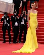 Charlize+Theron+Dresses+Style (2)