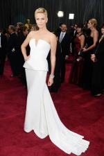 Charlize+Theron+Dresses+Style (5)