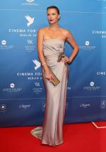 Charlize+Theron+Dresses+Style (7)