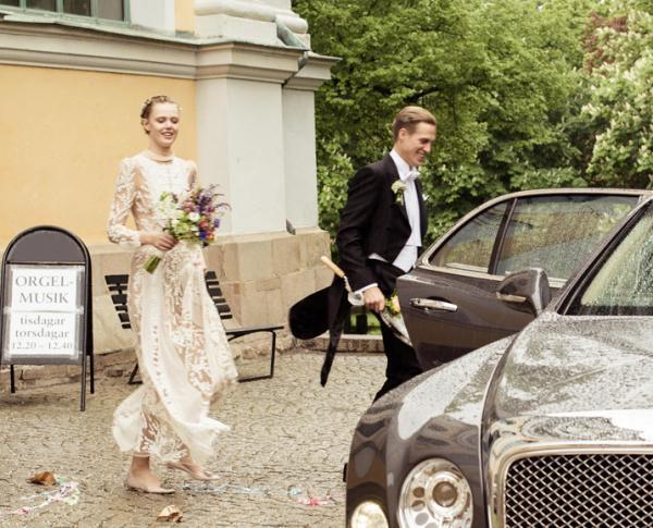 https://fashionbride.files.wordpress.com/2016/04/frida-gustavsson-wedding-12.jpg?w=640