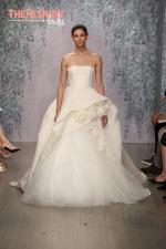 Monique-Lhuillier-wedding-gowns-fall-2016-thefashionbrides-dresses09
