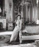 Queen-Elizabeth-II-England-Fashion-Style (4)