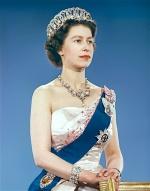 Queen-Elizabeth-II-style (13)