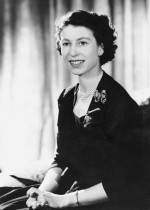 Queen-Elizabeth-II-style (4)