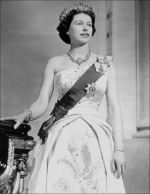Queen-Elizabeth-II-style (9)