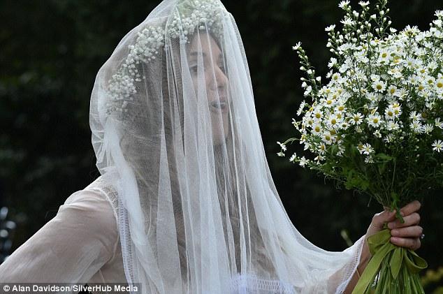 Alexander-Spencer-Churchill-Scarlett-Strutt-Wedding (3)