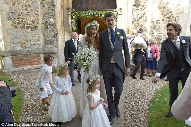 Alexander-Spencer-Churchill-Scarlett-Strutt-Wedding (7)