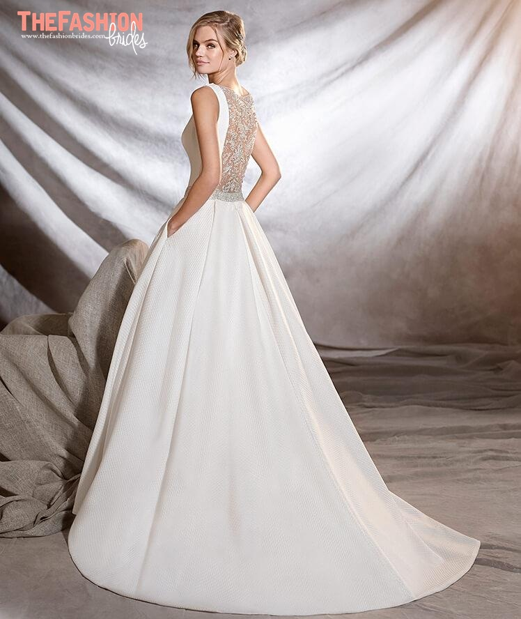 The most amazing sexy back wedding gowns the fashionbrides for Most sexy wedding dresses
