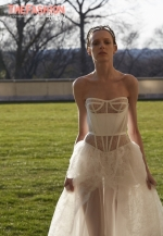 vera-wang-2017-spring-bridal-collection-wedding-gown-07