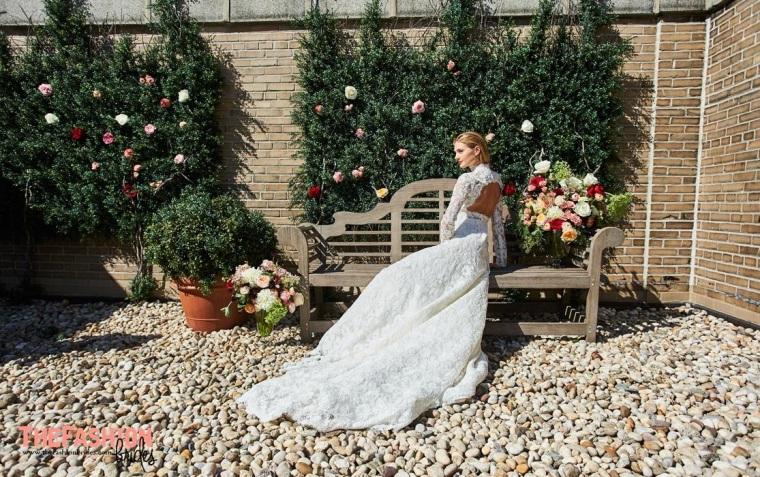 carolina-herrera-2017-spring-collection-bridal-gown-10