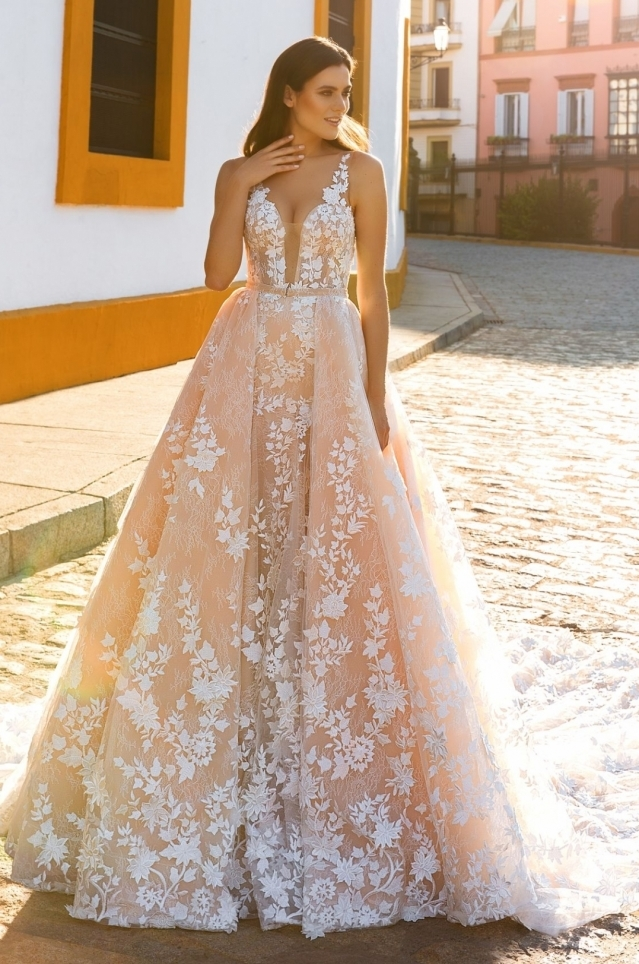 Crystal design 2017 spring bridal collection the for How much are crystal design wedding dresses