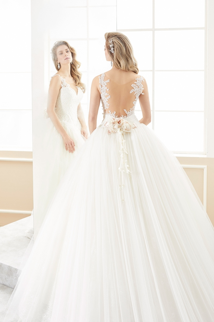 Nicole spose romance 2018 wedding gown bridal collection Nicole wedding dress 2018