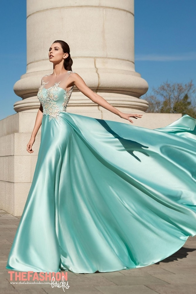 Ricca Sposa 2018 Spring Evening Collection | The FashionBrides
