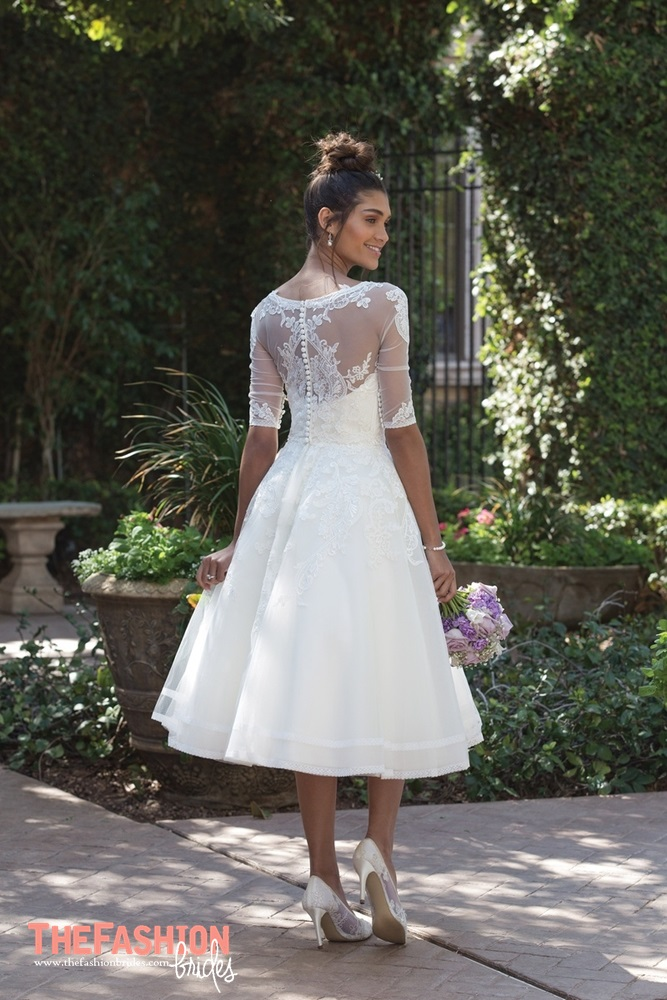 Wedding Gown Guide: Short Bridal Dress | The FashionBrides