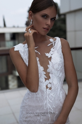 kuznetcova-2018-fall-bridal-collection-059