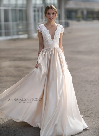 kuznetcova-2018-fall-bridal-collection-079