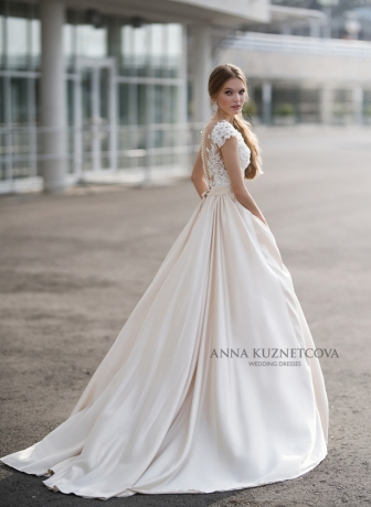 kuznetcova-2018-fall-bridal-collection-081