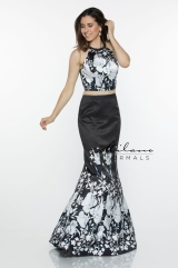 milano-formals-2018-spring-bridal-collection-096
