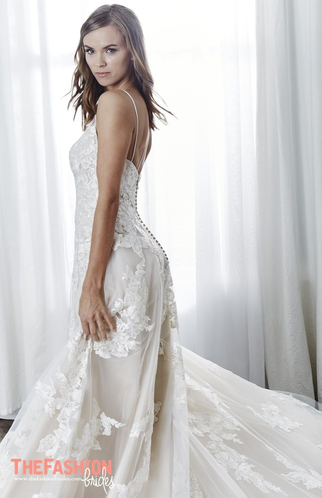 16ce43390 Kelly Faetanini is an accomplished bridal gown designer inspired by  romance, femininity and glamour. Her ambition and lifetime aspiration is to  create ...