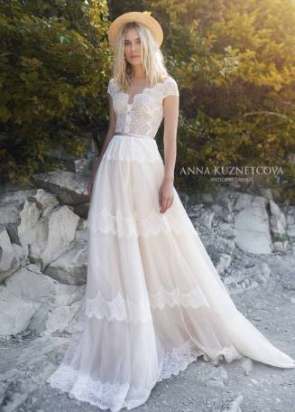 kuznetcova-2019-spring-bridal-collection-010