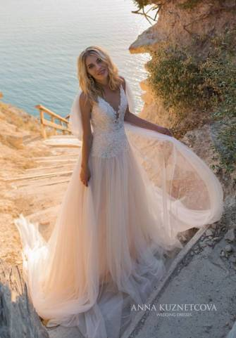 kuznetcova-2019-spring-bridal-collection-046