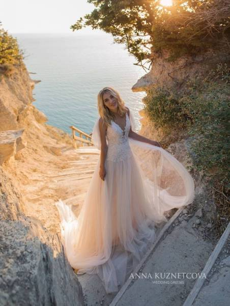 kuznetcova-2019-spring-bridal-collection-048