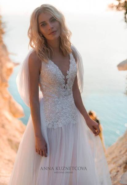 kuznetcova-2019-spring-bridal-collection-049