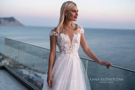kuznetcova-2019-spring-bridal-collection-068